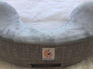 Ergobaby nursing pillow Cronulla Sutherland Area Preview