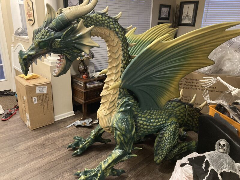 69 in. Animated Giant Dragon in Green without Fog Machine. Free Pickup