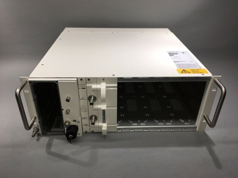 CommScope Node A 4 A4 Universal Multiband Multiservice Digital Repeater Platform