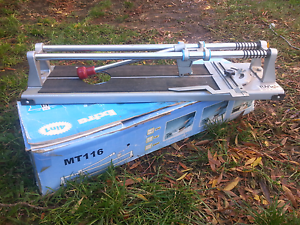 Ceramic tile cutter Narre Warren North Casey Area Preview