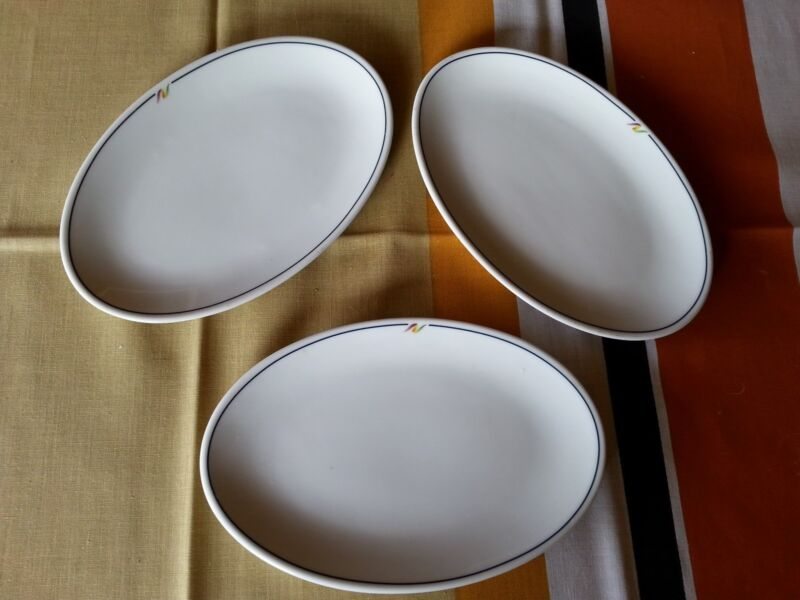 3 RARE Vintage NATIONAL AIRLINES OVAL PLATTERS REGO FIRST CLASS