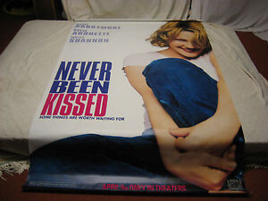Never-Been-Kissed-Drew-Barrymore-Official-Theatrical-Movie-Banner-88-X-48-RARE