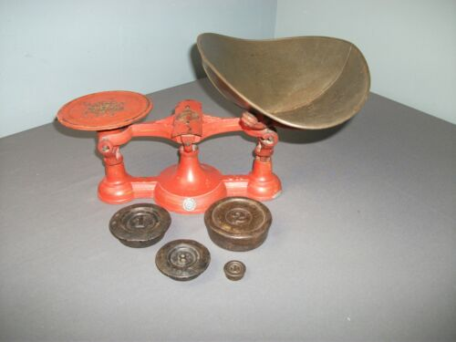 Antique Cast Iron Mercantile Counter Scale w/ Steel Scoop & 4 Weights - i mgo