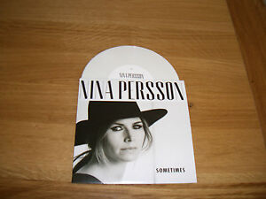 Nina-Persson-sometimes-7-cardigans
