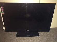 """32"""" TV great condition Cleveland Redland Area Preview"""