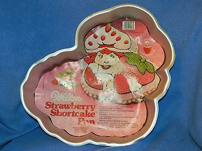 VTG Vintage 1981 Strawberry Shortcake Wilton Cake Pan w/ Instructions 2105-4458