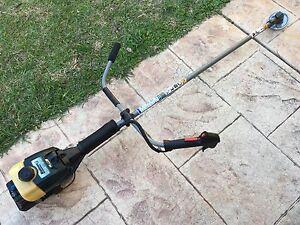 Bolen MTD 31cc Petrol Brush Cutter Whipper Snipper / Line Trimmer Loganholme Logan Area Preview