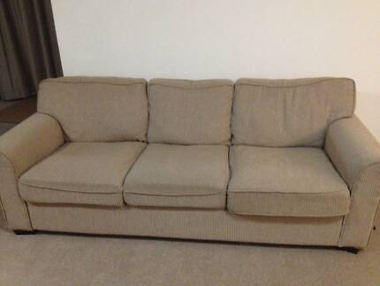 3 seats sofa 2 year new Brooklyn Hornsby Area Preview