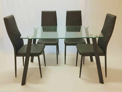 Wonderful Jolly Harlly 5pc Dining Set,Dining Table And 4 Black Chairs