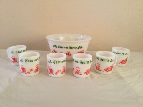 Tom and Jerry Holiday Christmas Milk Glass Punch Bowl Set with 6 Cups Vintage