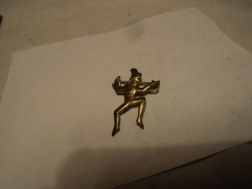 Vintage Brownie Pixie  pin 1921 to 1937 rare. Estate Find