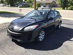 2012 Mazda Mazda3 GX Sport Hatchback