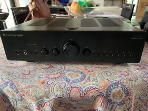 Amplificateur intégré Cambridge Audio Azur 651a