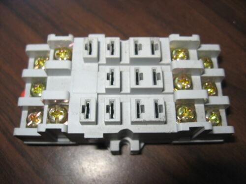 NNB Dayton 5X853M Cube Relay Base (11 Pin Square)