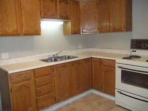 2 BR side by side on Redwood Avenue available immediately