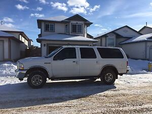 Ford Excursion XLT Large Suv 9 seater REDUCED!!