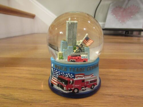 NYC Twin Towers World Trade Center FDNY Fire Department American Flag Snow Globe