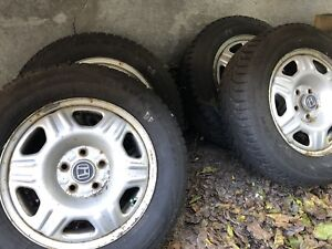 Honda CR-V snow tires - like new