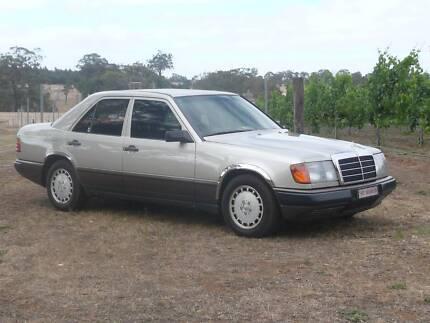 Mercedes 260E