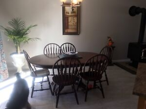 Solid wood kitchen table with 6 chairs