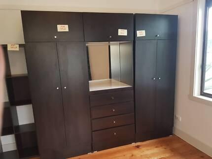 3 module wardrobe