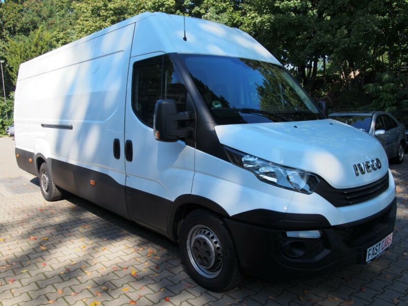 Iveco Daily Kasten Hoch Lang 35 S V Radstand 4100 Autm