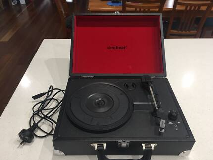 Record Player / Turntable / Portable Briefcase Style Player