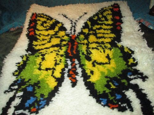 Vtg Mid Century Latch Hooked Rug Wall Butterfly DECOR COMPLETED