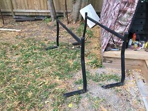 Track bed ladder rack