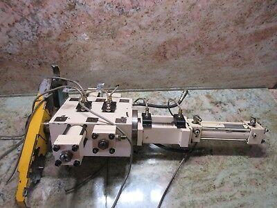 Matsuura Mc-760v2 Cnc Vertical Mill Tool Changer Atc Carousel Holder Arm