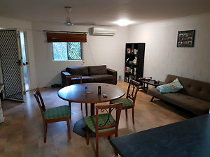 Room to rent Trinity Beach Cairns City Preview