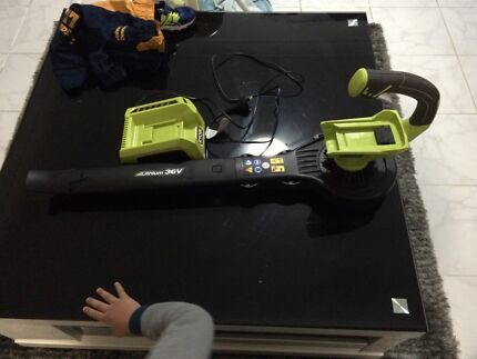 Ryobi 36v blower with charger. Fairfield Fairfield Area Preview
