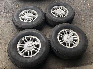 mags 16 pouces , 6x139.7 + pneus d'hiver!