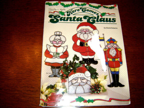 Carolyn Kyle HERE COMES SANTA CLAUS stain glass patterns OOP 1994