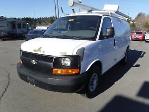 2009 Chevrolet Express 2500 Cargo Van with Ladder Rack and Rear