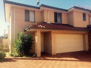 one double room available in Townhouse in Nollamara Nollamara Stirling Area Preview