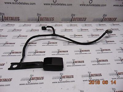 TOYOTA AVENSIS 1998-2003 REAR DOUBLE SEAT BELT CLASPS RECEIVERS
