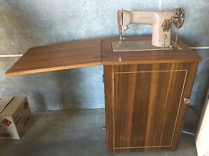 Singer sewing machine Leschenault Harvey Area Preview