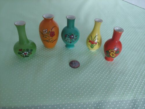 HTF Vintage Miniature Imari Japan Vases Set of 5 Colorful Hand Painted Beautiful