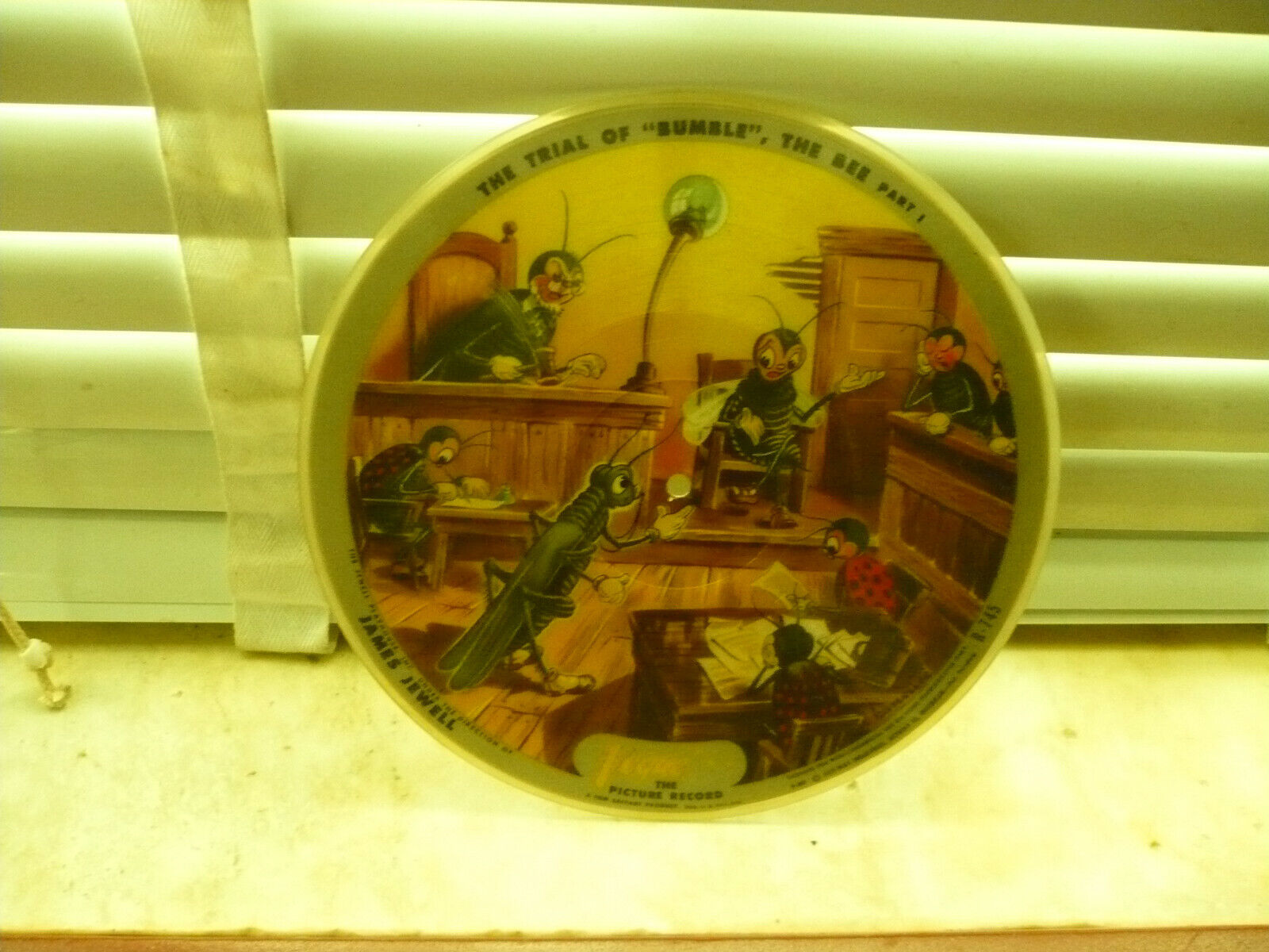 1940 s Vogue Two-sided Picture Record Boy Who Cried Wolf/Trial Of Bumble Bee - $50.00