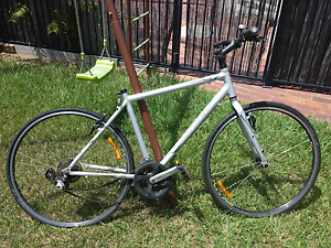 Trek frame w two wheels and shimano gears Bray Park Pine Rivers Area Preview