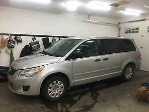 2012 Volkswagen Routan Van with low kms and overhead DVD