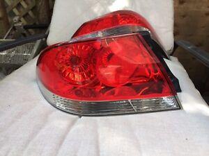 Lumières d'arrière Mitsubishi Lancer