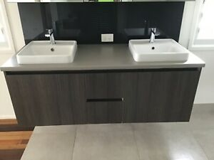 Vanity Double Basins and Taps