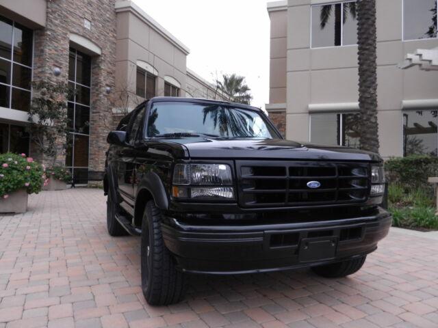 Image 1 of Ford: Bronco XLT Black…