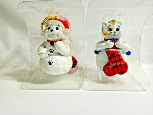 2 Petsmart Luv-A-Pet Holiday Ornaments 2001 Dog & Cat Limited Edition