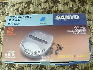 SANYO PERSONAL CD PLAYER WITH ACCESSORIES - VINTAGE, AS NEW New Lambton Heights Newcastle Area Preview