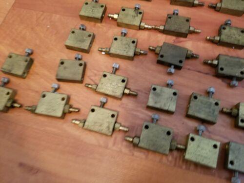 LOT of 5+ Fabco-Air FC32 Minature Flow Control Valves Flow Control