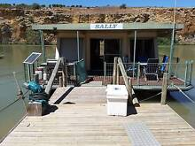 Houseboat 17mtr x 7mtr Surrey Downs Tea Tree Gully Area Preview