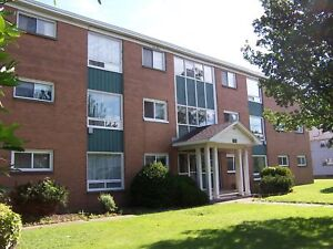Wallace Living- All Inclusive Apartment in Adult Only Building